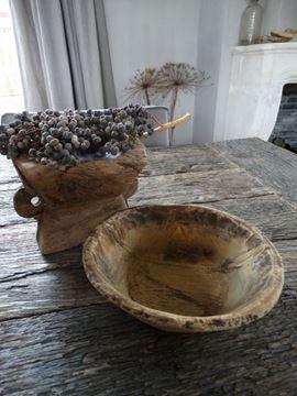 Afbeeldingen van Oud houten schaaltje nr.1