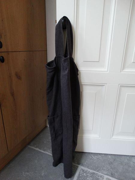 Afbeelding van Stoer oud grijs schort