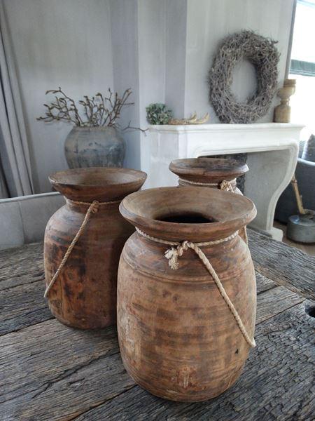 Afbeelding van Oude Nepalese kruikpot van hout nr. 9