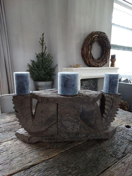 Afbeelding van Oud hand bewerkt ornament voor kaarsen