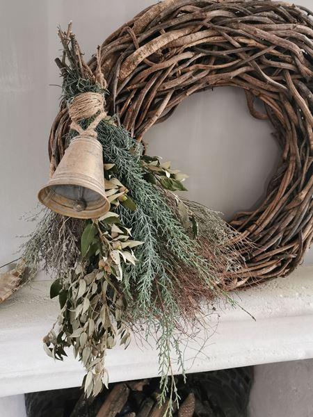 Afbeelding van Kersttoef met gouden bel