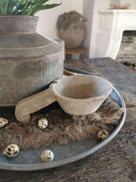 Afbeelding van Stoer & Stijlvol houten pot met handvat nr. 2