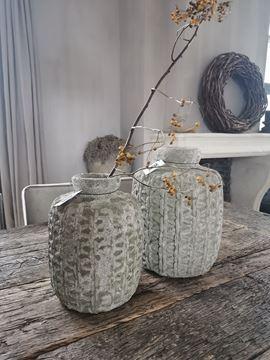 Afbeeldingen van Linny Light Green ceramic ribbed bottle - pot M