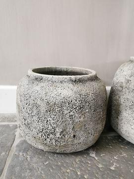 Afbeeldingen van Hardrock Grey cement pot L