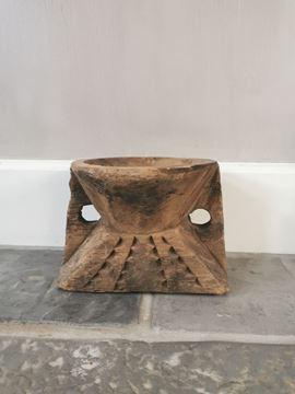 Afbeeldingen van Oud houten kandelaar nr. 9