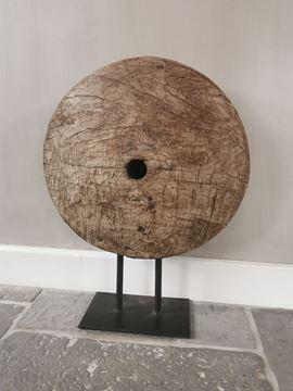 Afbeeldingen van Oud houten wiel ornament
