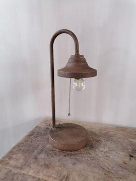 Afbeeldingen van Roestbruine tafellamp op batterijen