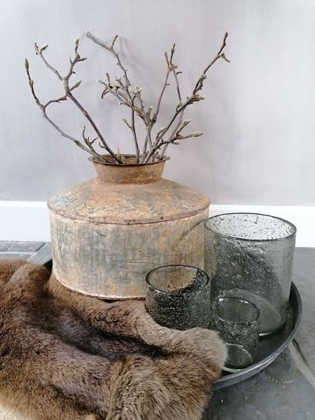 Afbeelding van Oude metalen waterpot - kruikpot