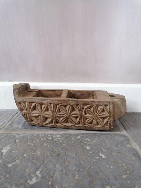Afbeelding van Stoer & Stijlvol houten vijzel kandelaar