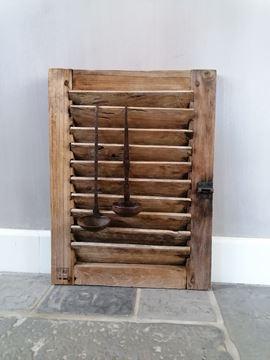 Afbeeldingen van Oud houten luikje nr 4