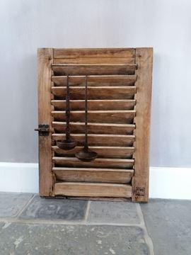 Afbeeldingen van Oud houten luikje nr 5