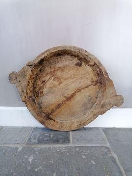 Afbeeldingen van Oud houten schaal met handvatten nr. 3