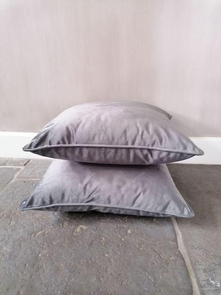 Afbeelding van Velvet kussen grijs
