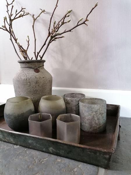 Afbeelding van Stoer & Stijlvol waxinelichtje grijs hoekig