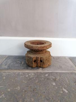 Afbeeldingen van Oud houten zaai kandelaar nr. 10