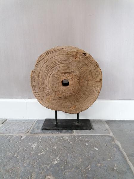 Afbeelding van Oud houten wiel ornament L