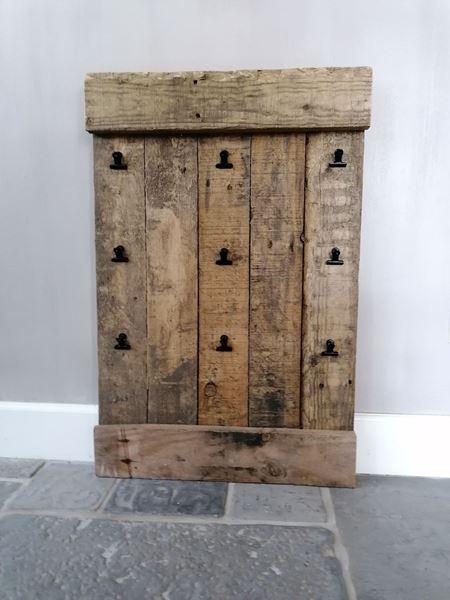 Afbeelding van Stoer & Stijlvol oud houten foto wandbord