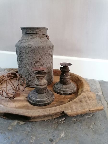 Afbeelding van Landelijke oud houten kandelaar dinerkaars