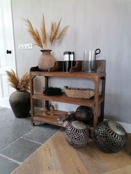 Afbeeldingen van Stoer & Stijlvol oud houten display sidetable nr. 2